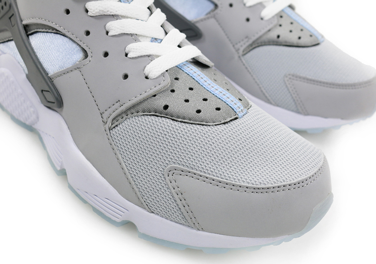 ... Nike Air Huarache 'Mag' toe box ...