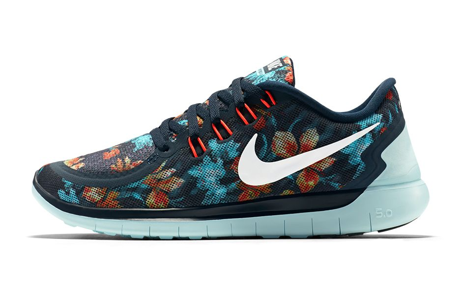 women's nike free 5.0 multicolor flowers