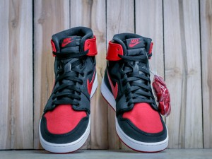 Get A Detailed Look At The 'Bred' AJ1 KO OG High 2