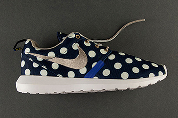 low priced d9355 c5c0c ... polka dotted Roshe from the City Pack, ...