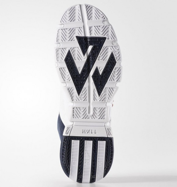 A Detailed Look at The adidas J Wall 2 in Navy: White 5