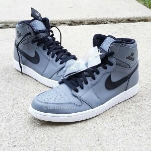 Air Jordan 1 Retro High Rare Air Cool Grey Shoes