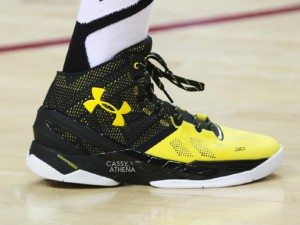 Chris Brown Rocks a Black Yellow Under Armour Curry Two 7