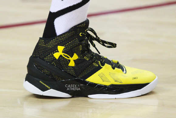 black and yellow under armour basketball shoes