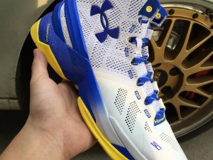 Get Up Close and Personal with the Under Armour Curry Two 'Home' 2