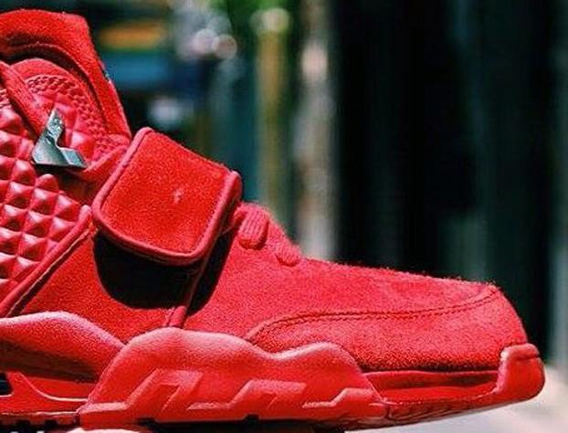 Nike Air Cruz 'Red October' - Release