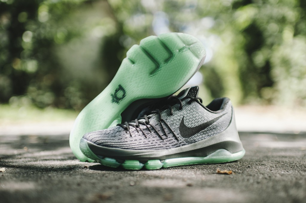 brand new f3bf2 05ffd The Nike KD 8 'Hunt's Hill Night' Dropped at Retailers Today ...