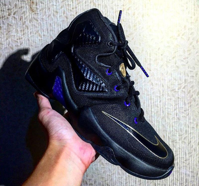 newest 62c6f 1ac9a Nike LeBron 13 dunkman purple black Nike LeBron 13 dunkman purple black gold  ...