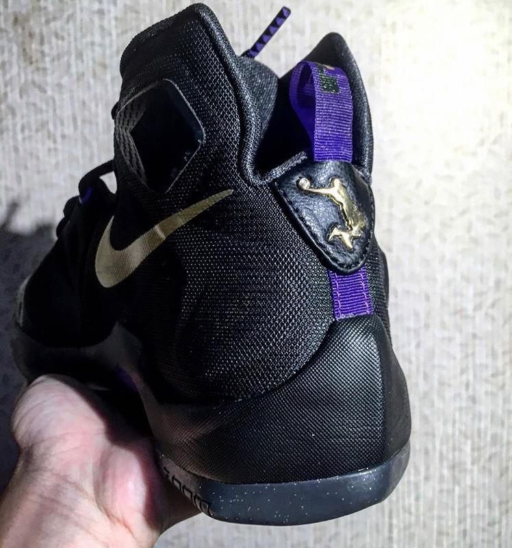 Nike LeBron 13 dunkman purple black