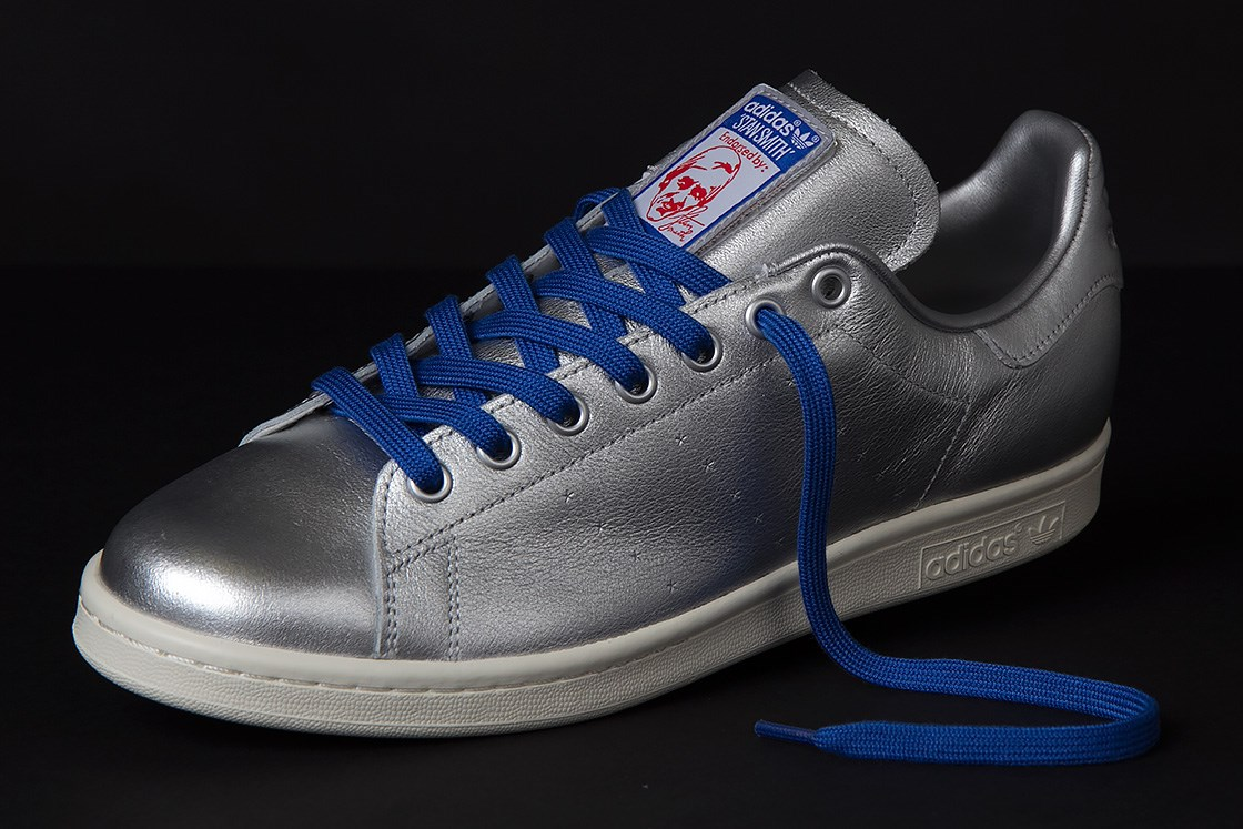 sneakersnstuff x adidas stan smith spacesuit