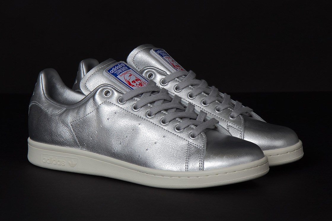 adidas stan smith 39 spacesuit 39 available now at sneakersnstuff weartesters. Black Bedroom Furniture Sets. Home Design Ideas