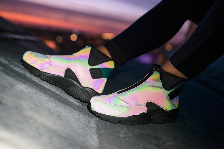 Nike Air Huarache Run Mid \u0027Iridescent\u0027