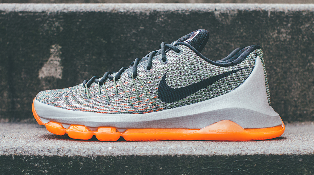 Nike KD 8 'Easy Euro' lateral side