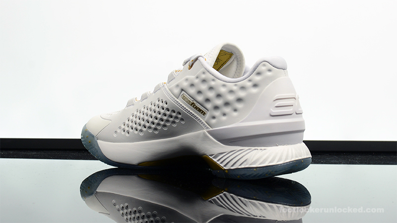 under armour curry 1 low white
