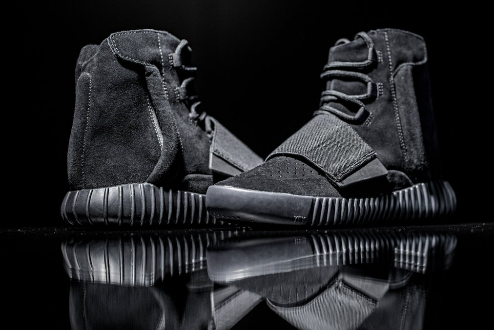 size 40 be8ff 0ef63 adidas Yeezy Boost 750 'Black' - Links Available Now ...
