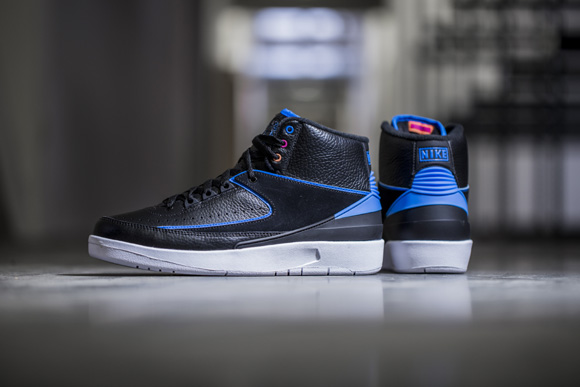 cheapest large discount performance sportswear Get Up Close and Personal with the Air Jordan 2 Retro 'Radio ...