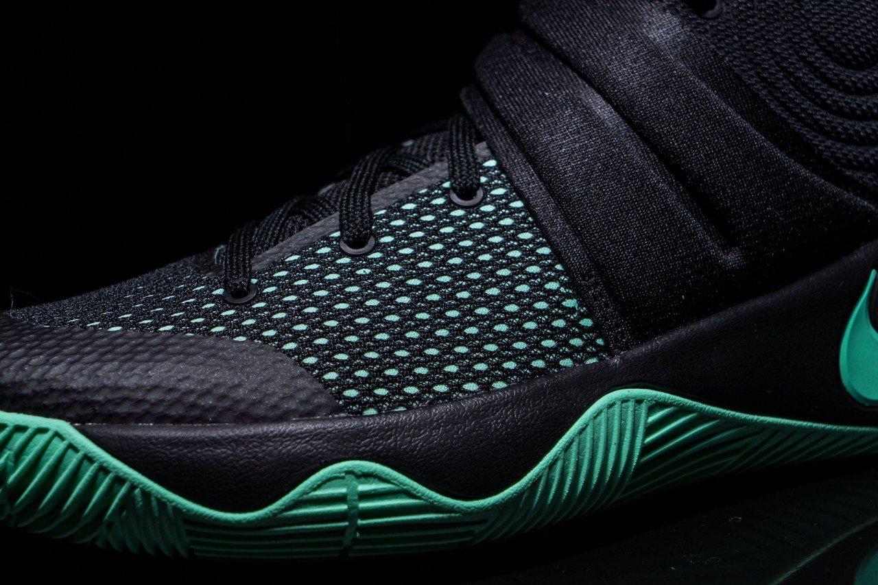 Nike-Kyrie-2-Green-Glow-7