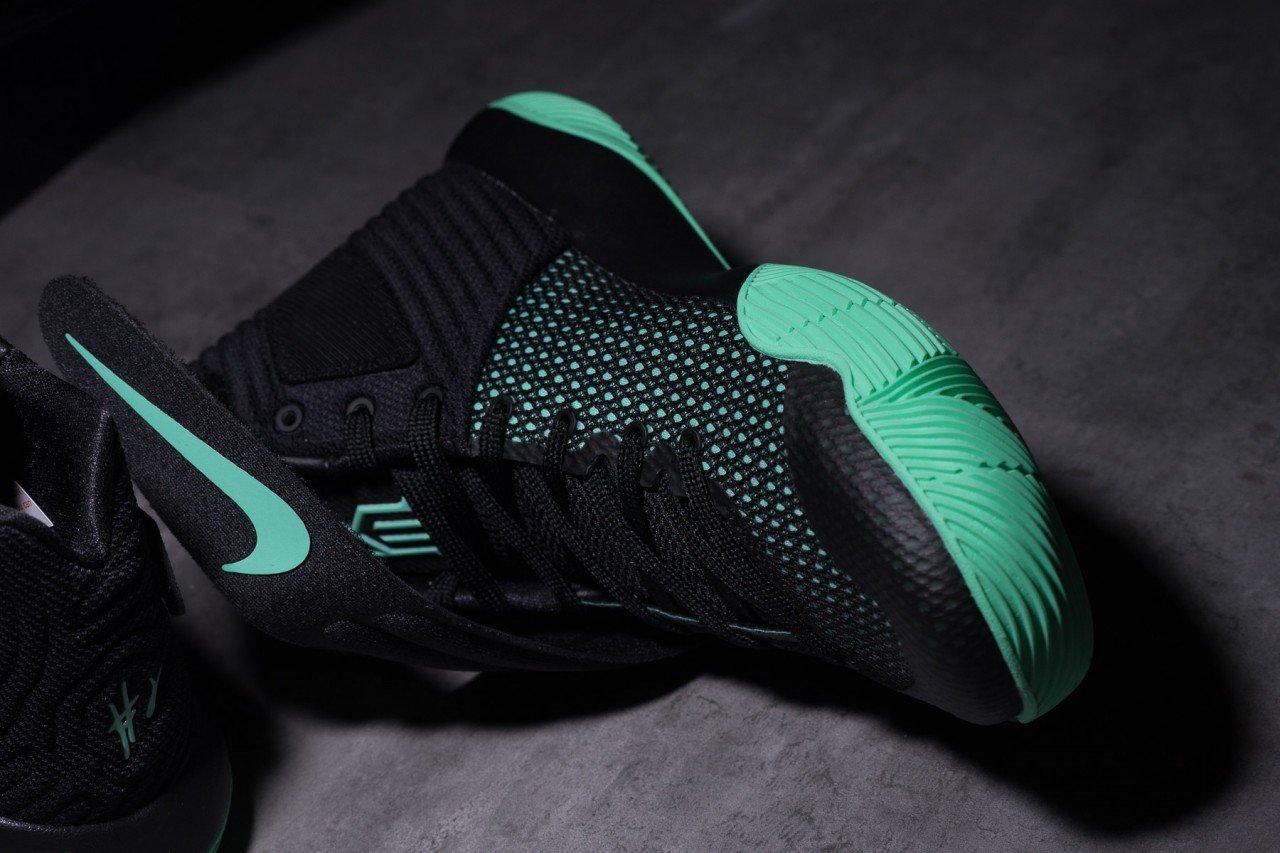 Nike-Kyrie-2-Green-Glow-9