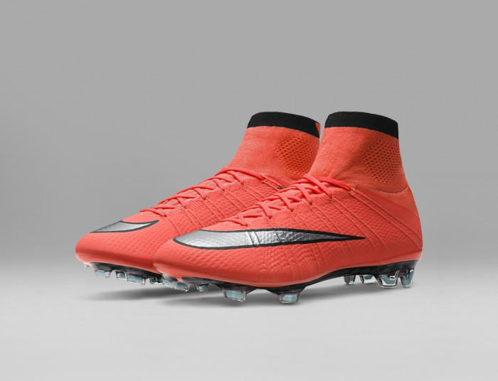 official photos 29b8f 37052 nike mercurial superfly metal flash pack