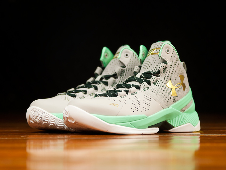 more photos 25014 e3ec6 Get a Detailed Look at the Under Armour Curry 2 'Easter ...