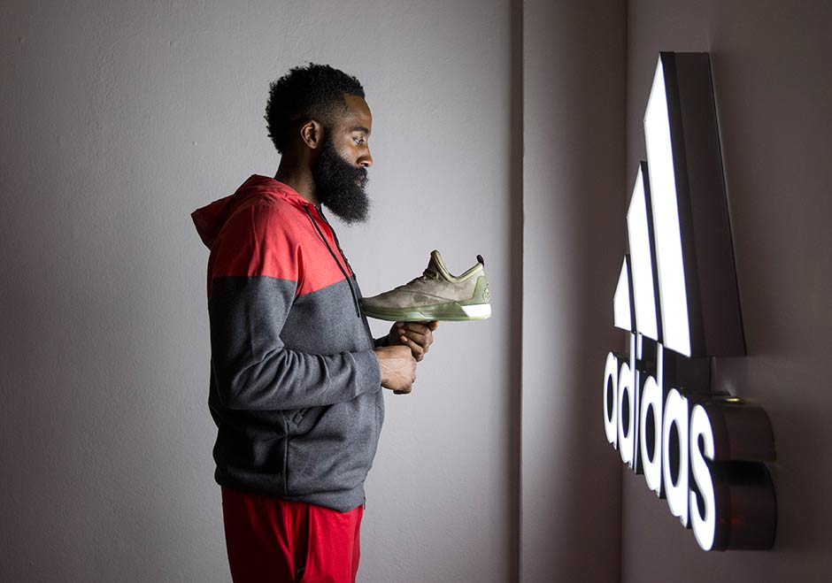 adidas crazylight boost 2