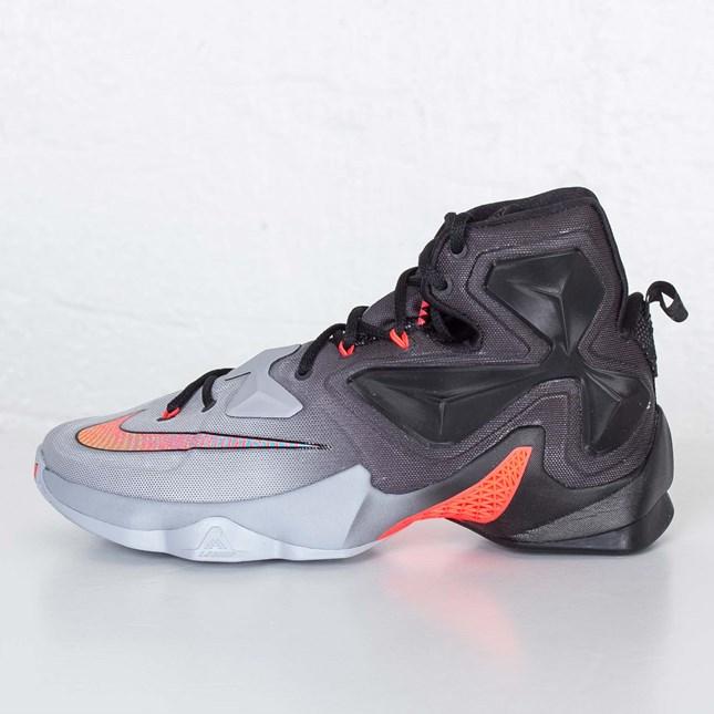 Basketball / Kicks On Court / Nike ...