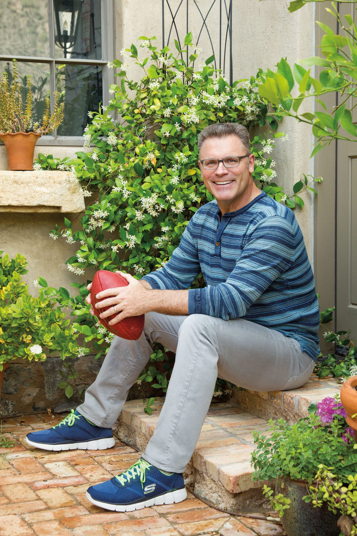 Skechers and Howie Long 1