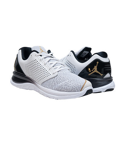 ... The Jordan Flight Runner 3 Now Comes With a Touch of Gold 3 ...