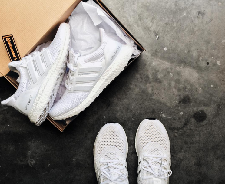 Adidas Ultra Boost Triple White 1.0 Vs 2.0 wallbank-lfc.co.uk 2a1384f36