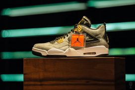 Air Jordan IV – Trophy Room Exclusive