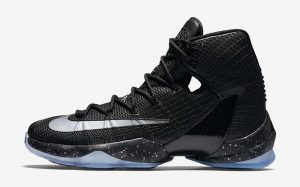 This LeBron 13 is 'Ready To Battle'