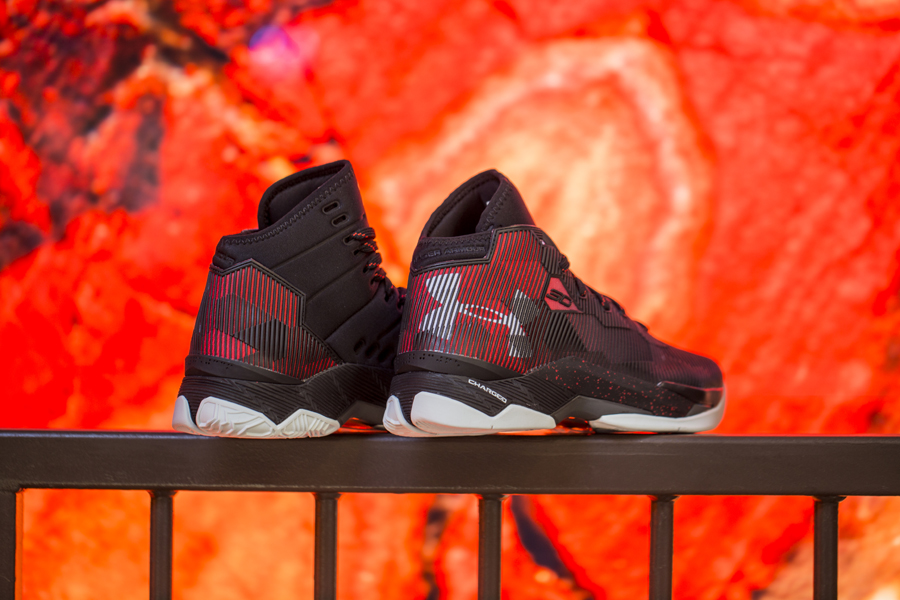 Get Up Close and Personal with the Under Armour Curry 2.5 in Black Red 2