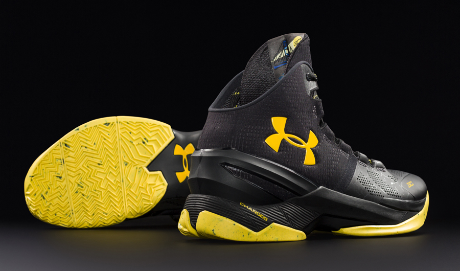 detailed look 04920 2985d Under Armour Curry 2 Black Knight and Gold Rings - First ...