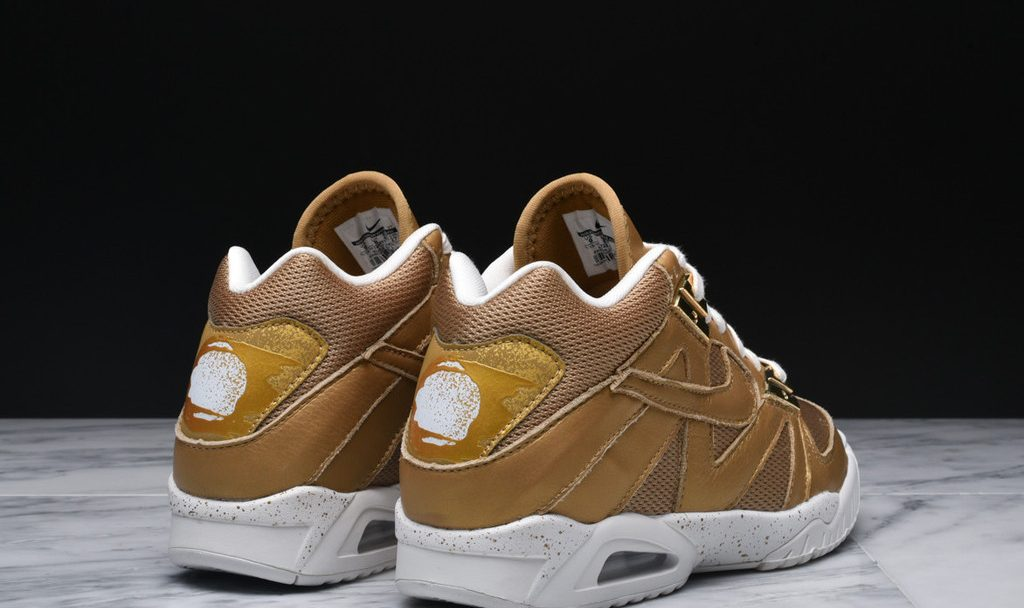 47a4aa71c072 Nike Air Tech Challenge Size 15