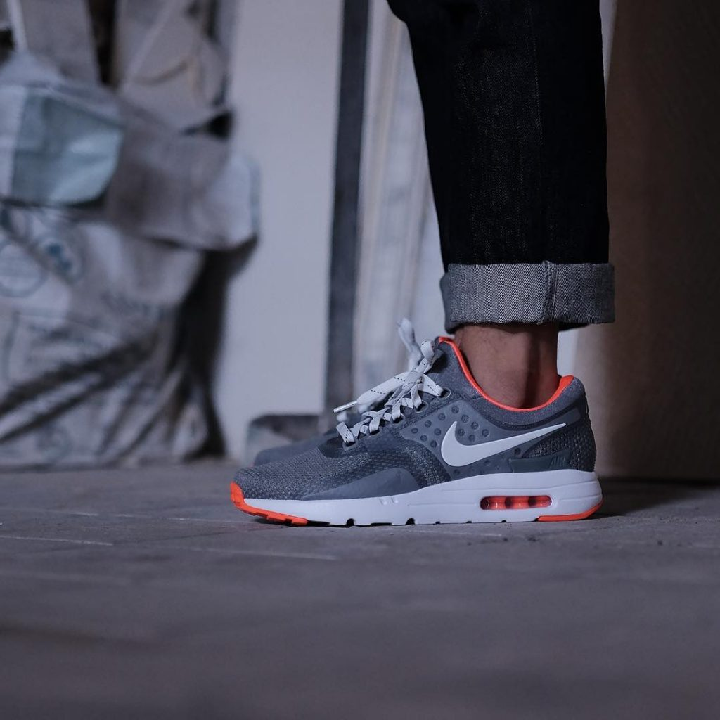 Staple X Sneakpeek X Nike Air Max Zero - on Foot 2