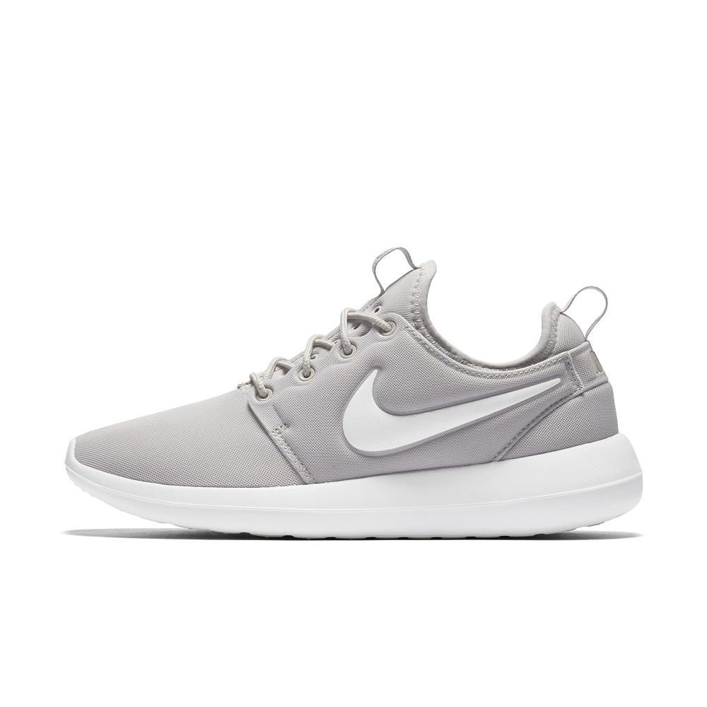 Couple Roshe Runs Nike Roshe Two Ferrovia Genova Casella