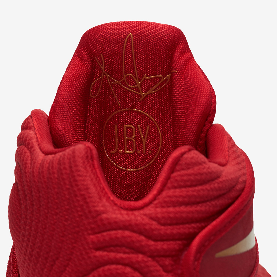 The Nike Kyrie 2 has a 'Gold Medal' Colorway Before Kyrie Has an Actual Gold Medal-5