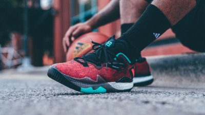 adidas-heats-things-up-with-the-ghost-pepper-crazylight-2016-james-harden-pe-5