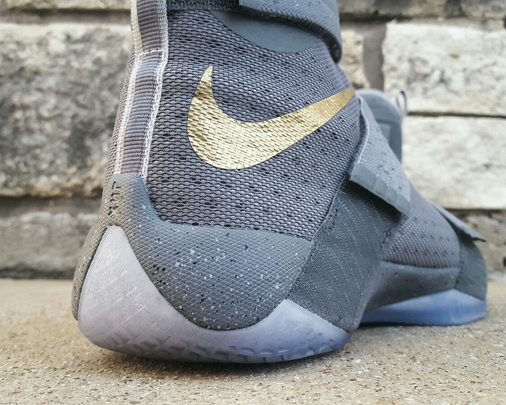 premium selection 83510 179fb Nike LeBron Soldier 10 FSG PE 'Battle Grey' - First Look and ...