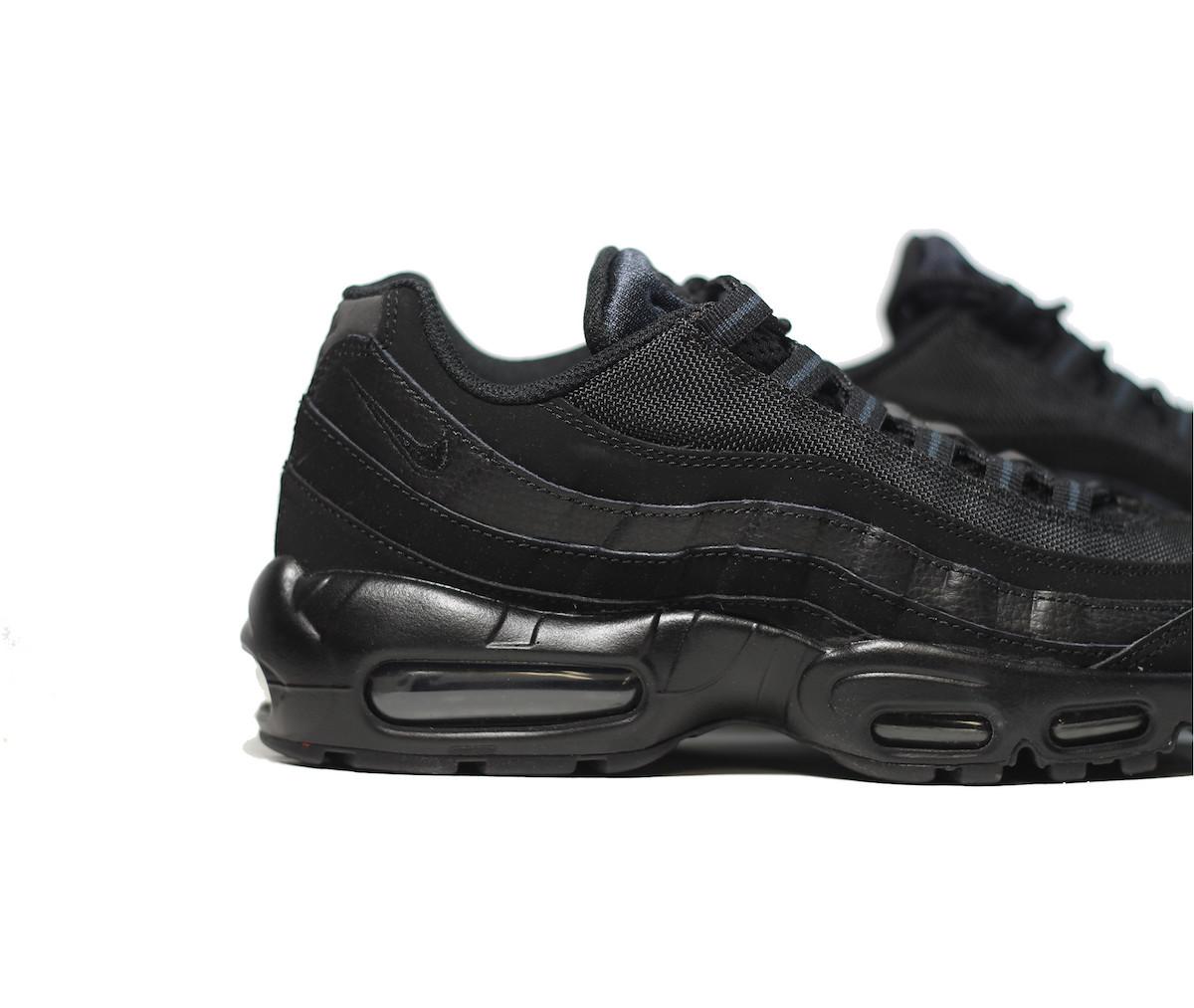 ... Nike Air Max Tn Requin Black White D26122; brand shoes 0dc12 b0283 air  max 95 black black ...