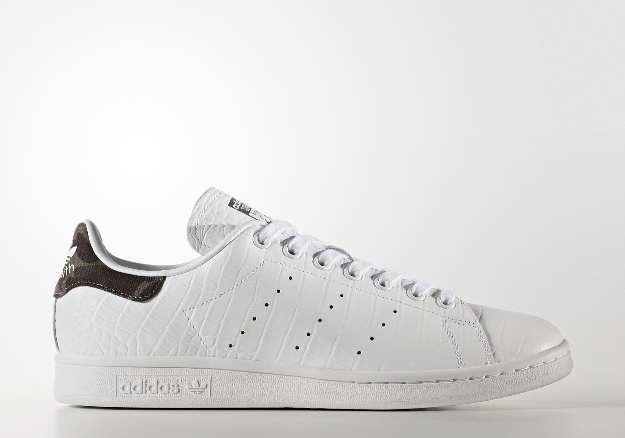 new arrival 779d4 60fe6 The adidas Originals Stan Smith Gets Some Updated Flair ...