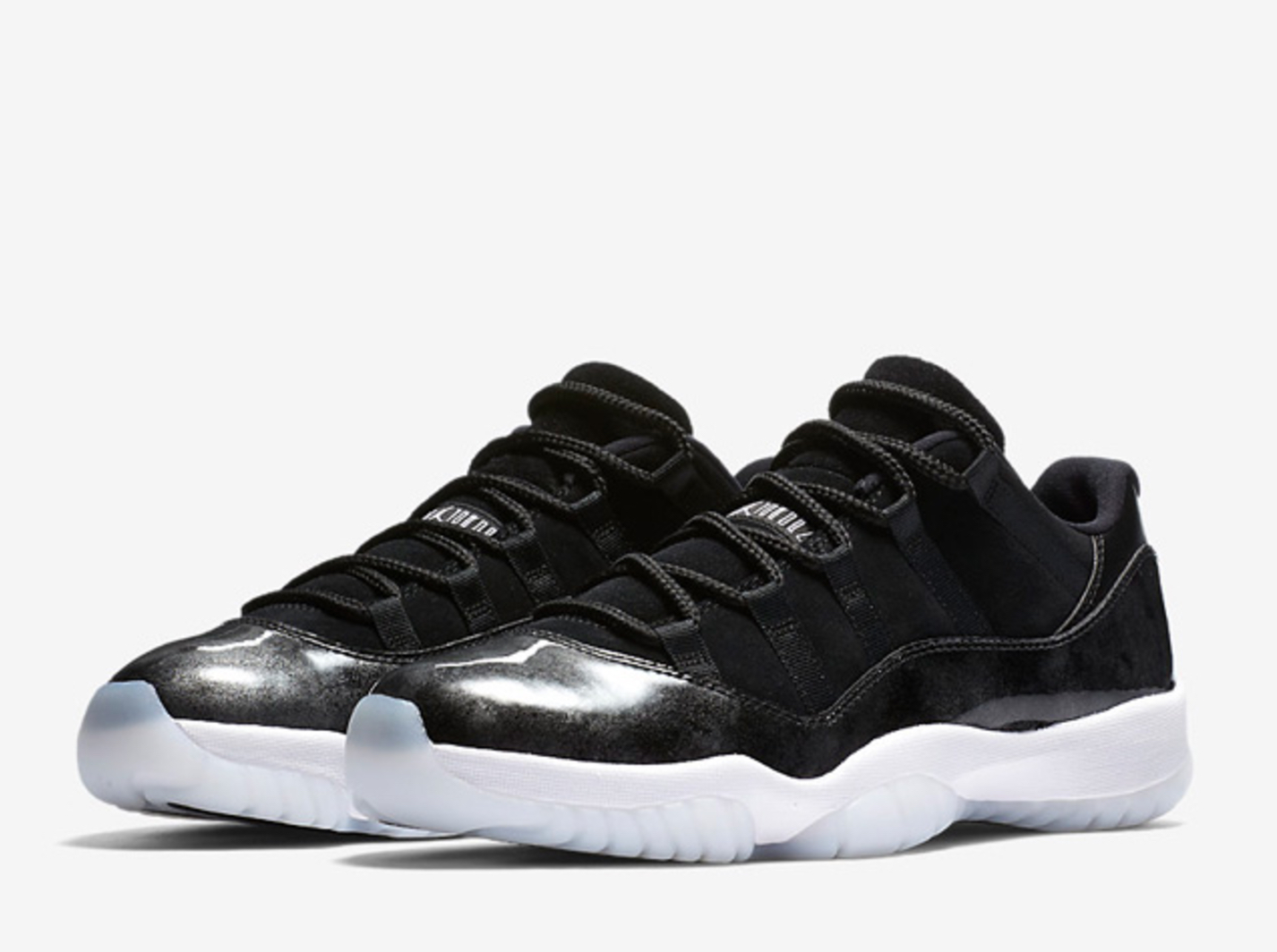 air jordan 11 low retro white black-metallic silver