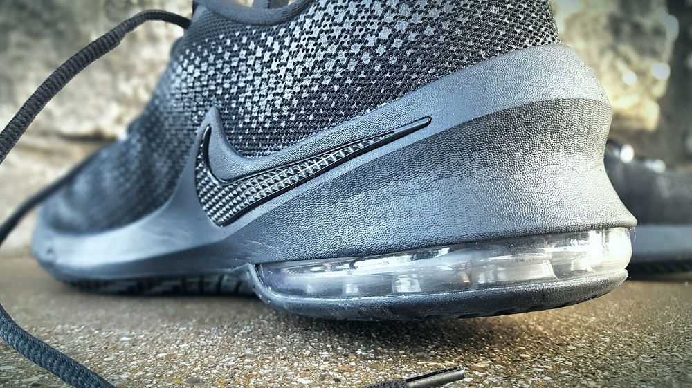 nike air max mens all black nike leather basketball shoes