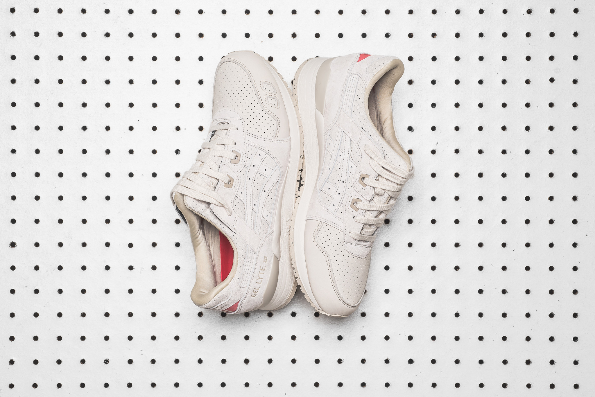 asics 'perforated pack'