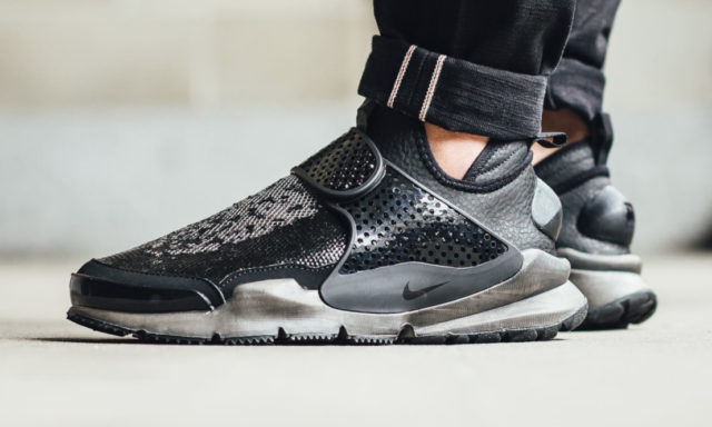 new styles ea085 4794a The Stone Island x Nike Sock Dart Mid is Back in Two ...