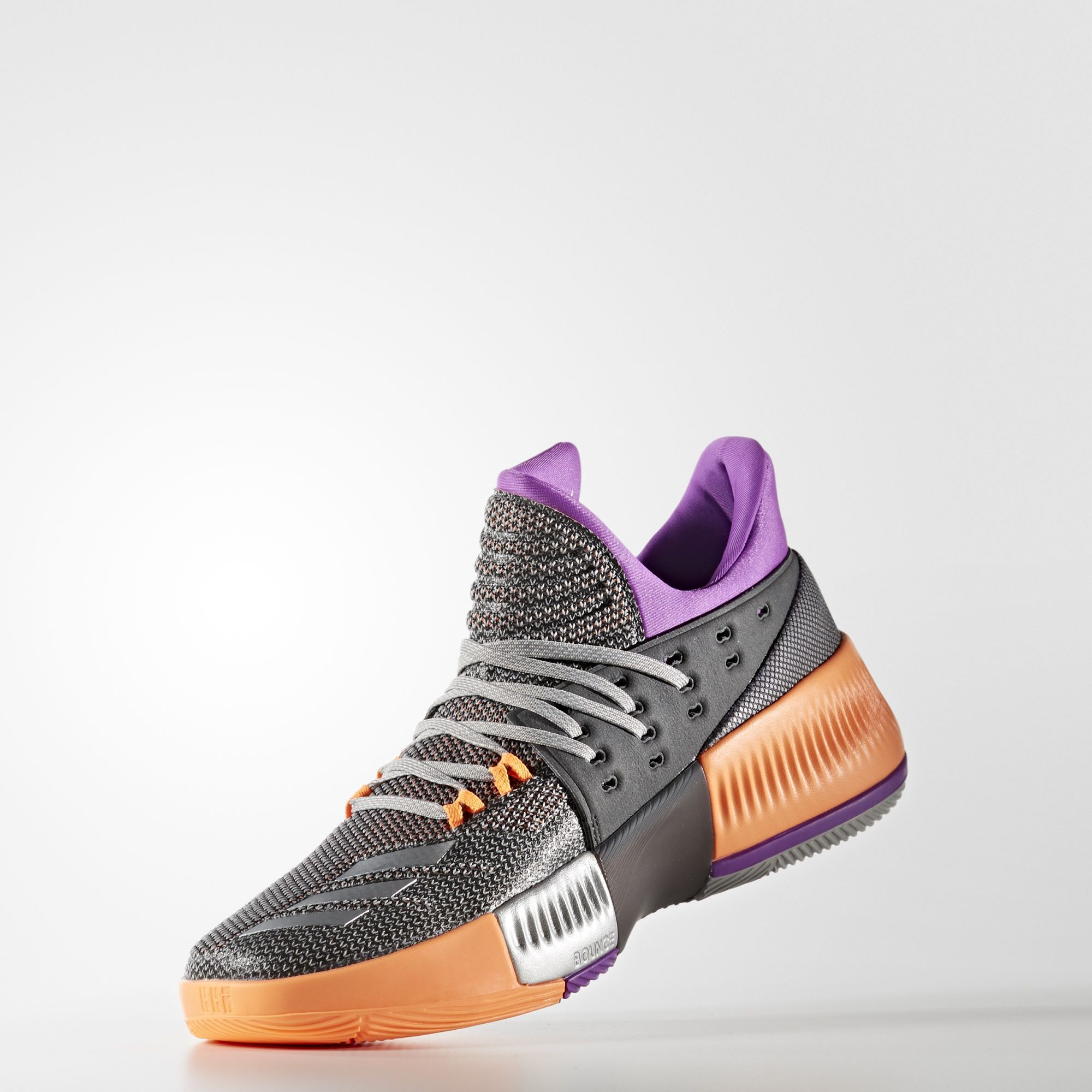 a detailed look at the adidas dame 3 39 all star 39 weartesters. Black Bedroom Furniture Sets. Home Design Ideas