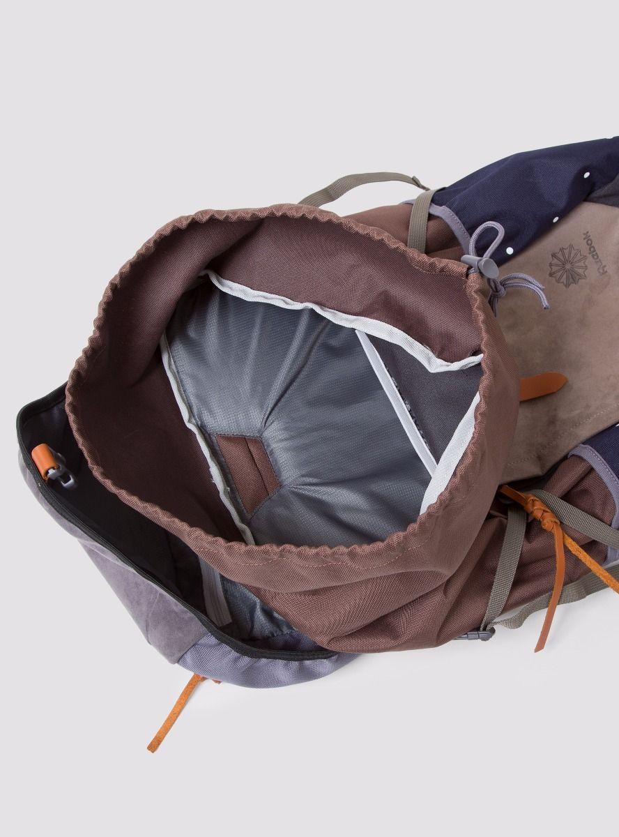 garbstore x reebok pump backpack 4