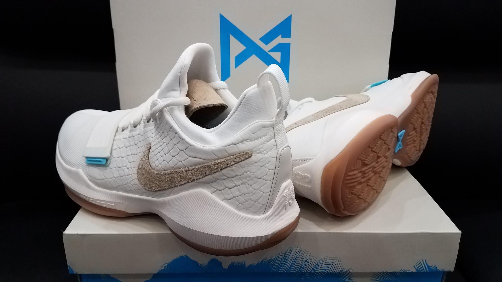 Nike PG 1 'Ivory' 5