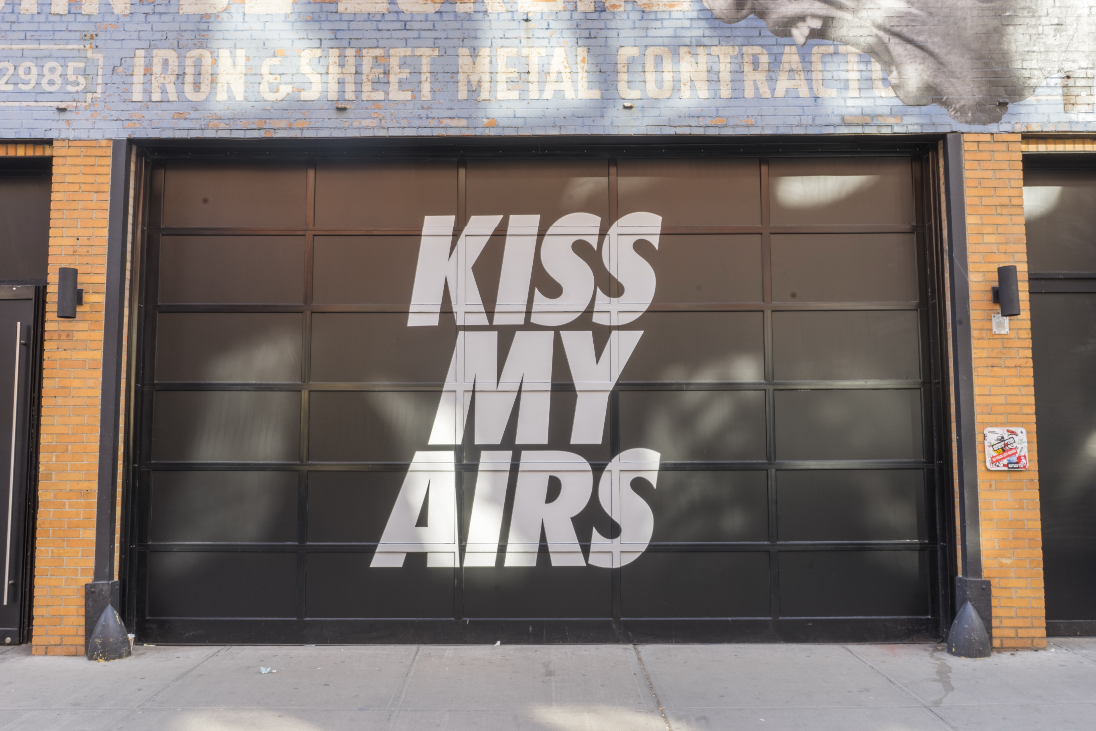 NIKE SNEAKEASY locations will pop-up coast-to-coast in New York City,  Toronto, Chicago and Los Angeles to celebrate Air Max Day (3.26) and  provide a window ...