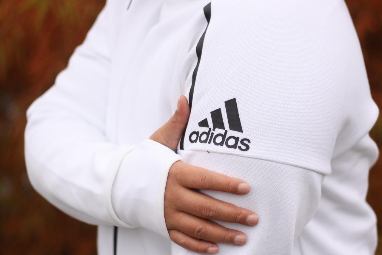 adidas ZNE Suit (25)